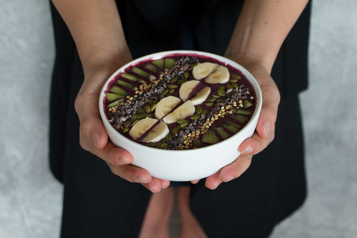 Lisa Grey - Ultimate Smoothie Bowl Recipe