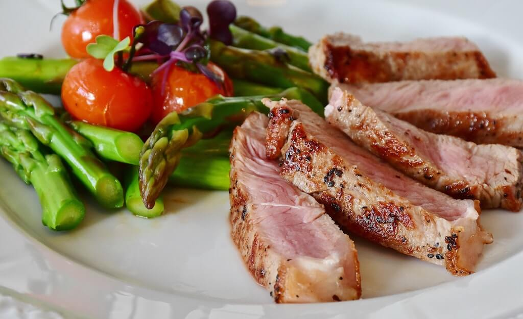 asparagus and red meat for folate