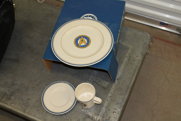 Star Trek 6 Buffet Set by Pfaltzgraff stoneware