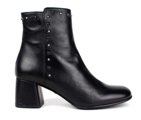 KALENA'S Mid Heel Leath Ankle Boots With Studs Detail