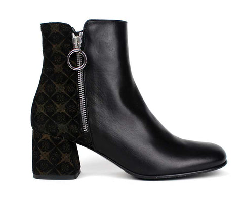 KALENA'S - Mid Heel Ankle Boot with Pattern Design