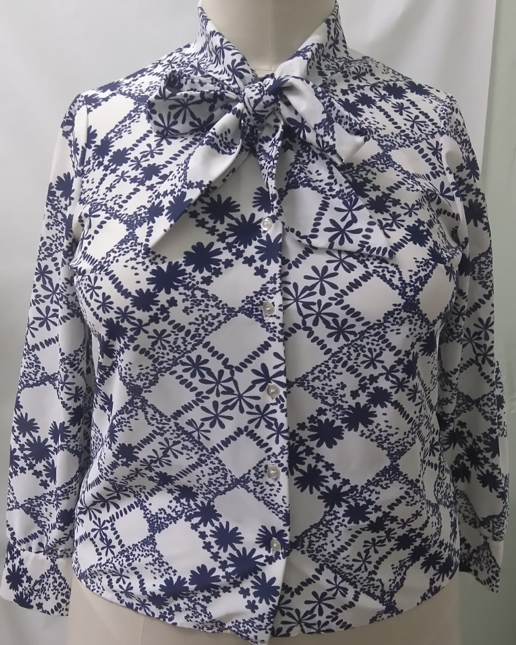 navy plus size vintage shirt size 16 18