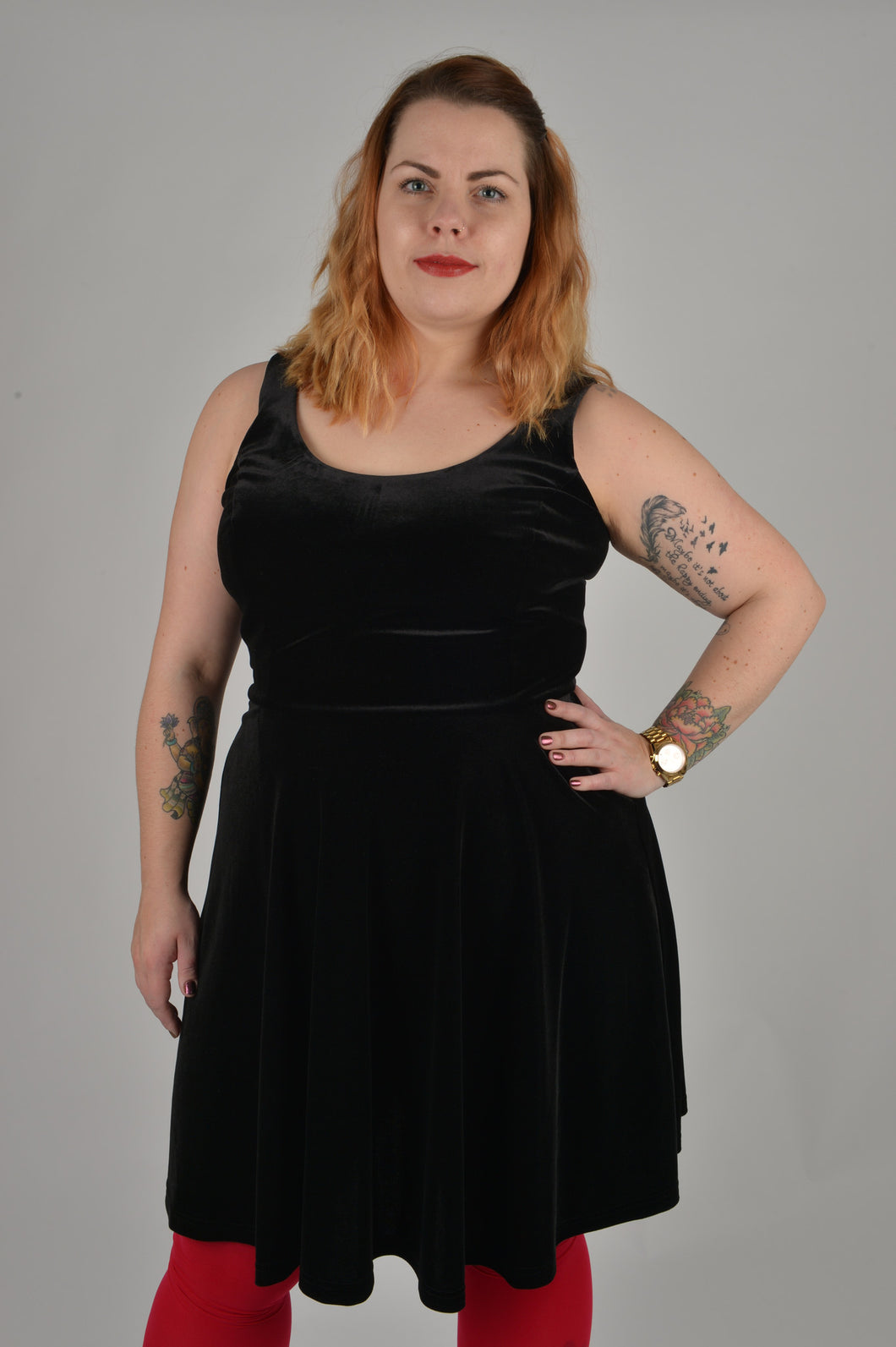 Beloved Endeavour Black velvet plus size sleeveless dress size 18 20 22
