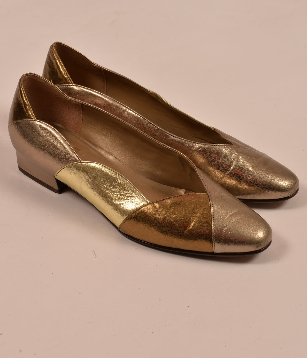 vintage gold bronze court shoes size 6