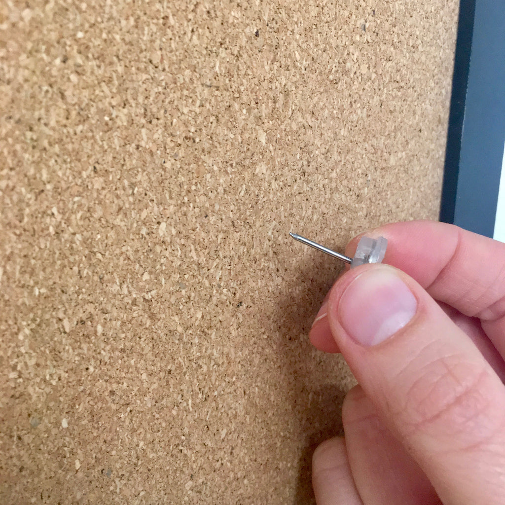 "Magnetic ""No Hole"" Thumb Tacks - 8 Ct."