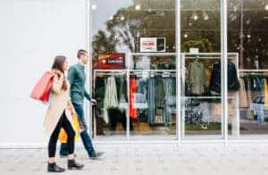 How to Use Digital Signage in Retail
