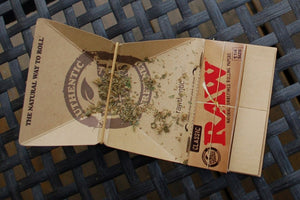 RAW Artesano King Size Paper + Tray + Tips