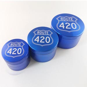 Route 420 Grinder 4 Piece Blue