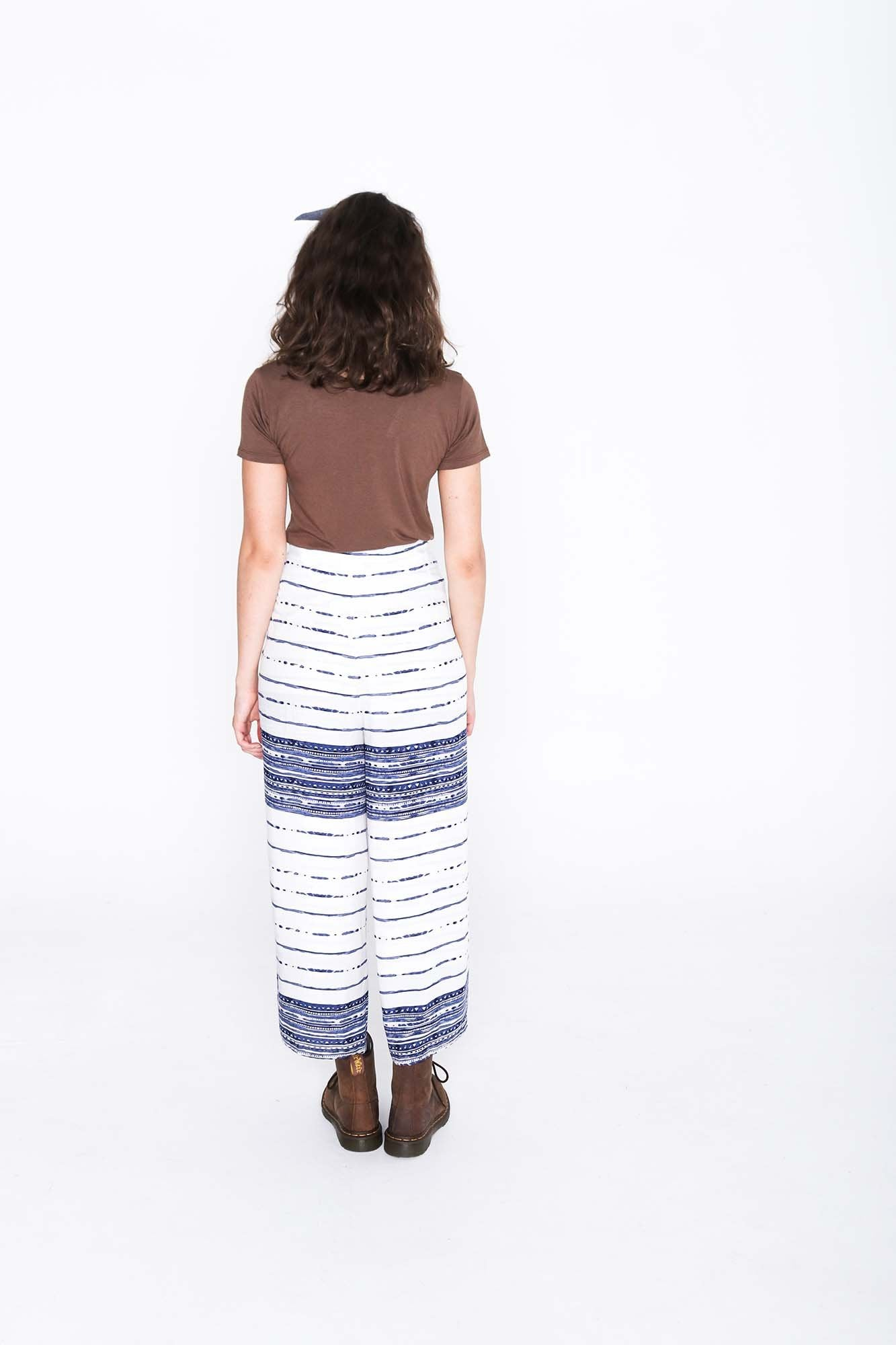 Lined Pages Wrap Pants - Back