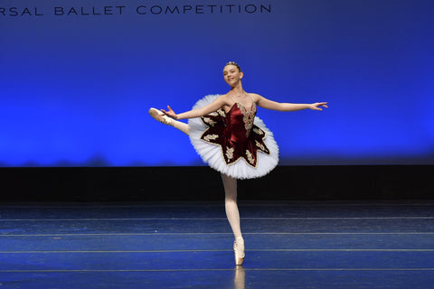 Isabella McCool at the Universal Ballet Competition © Miranda Jade Photography