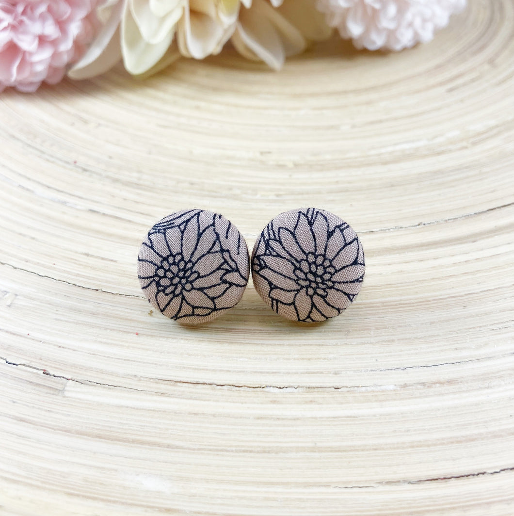Kyra Blush Floral Earrings