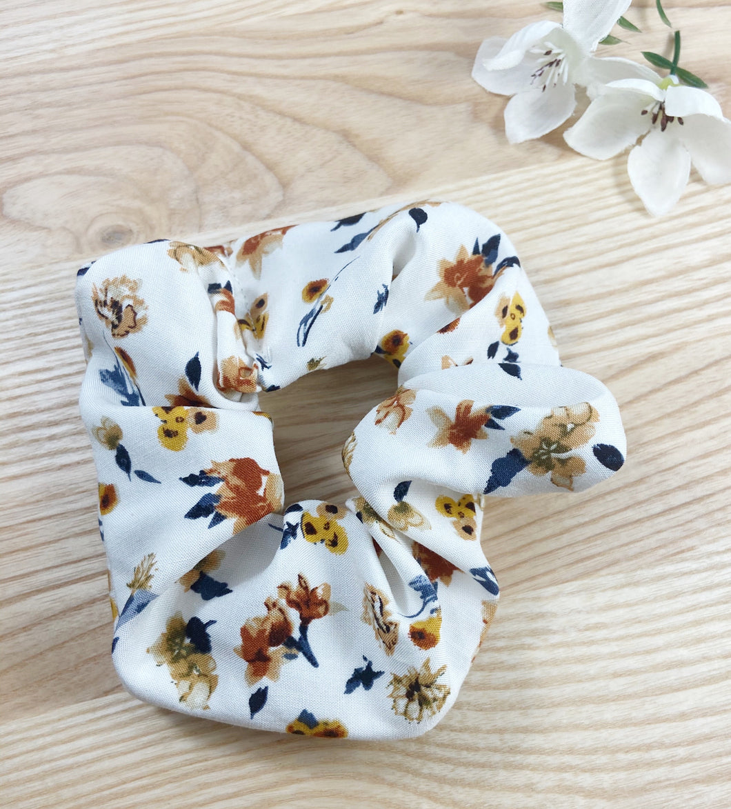 Vintage Sunflower Scrunchie