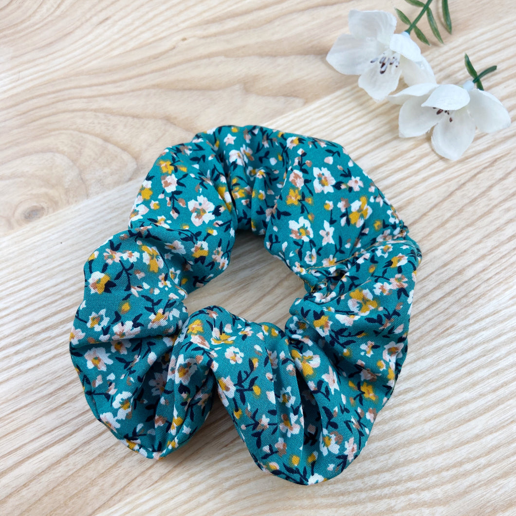 Lily Green Scrunchie