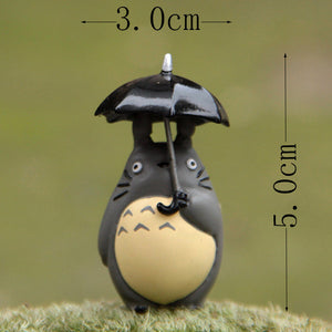 10cm Large Totoro figure with umbrella
