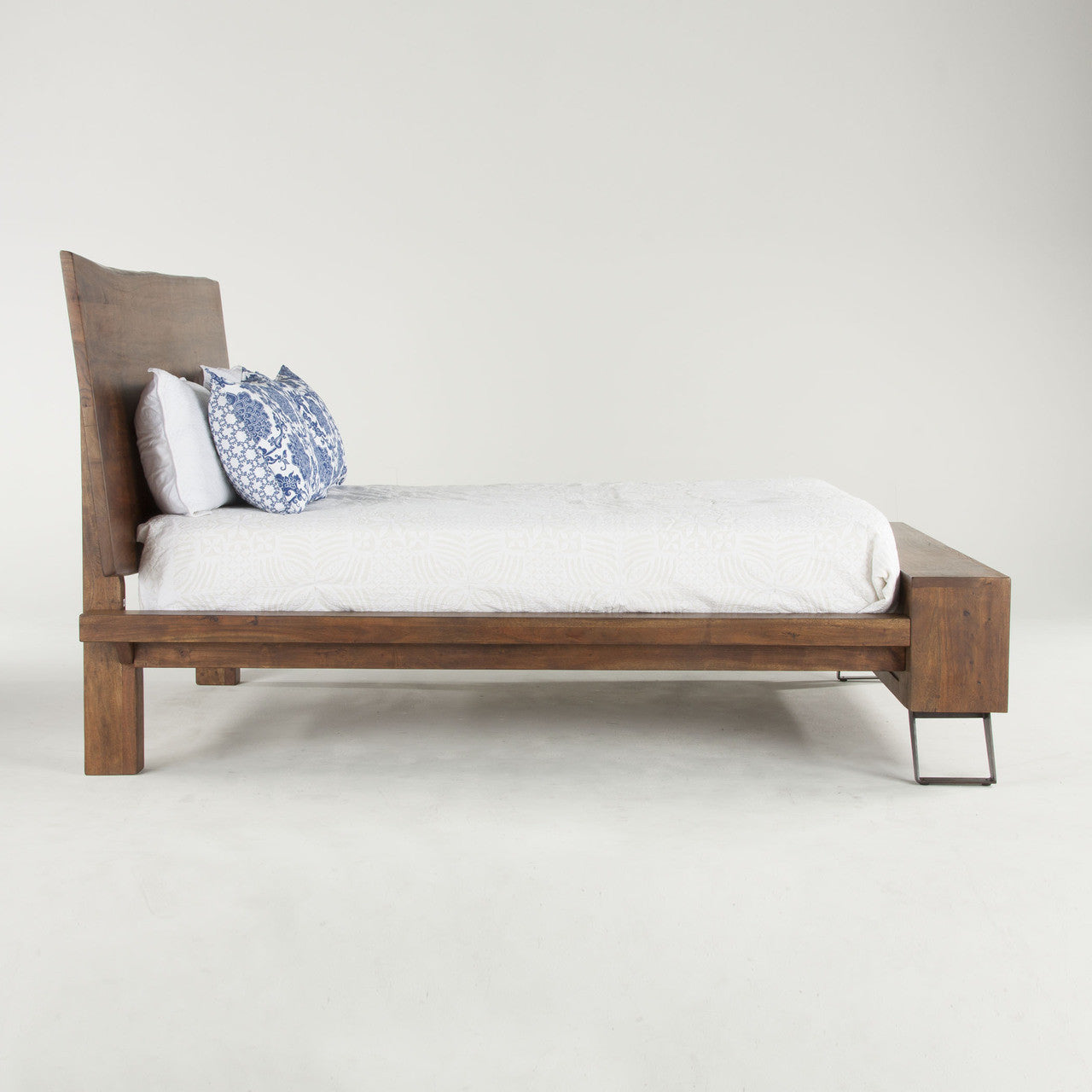 Home Trends & Design London Loft Queen Bed - FLL-PBQWN | HipBeds.com