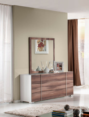 VIG Furniture Nova Domus Giovanna Italian Modern Cherry Mirror