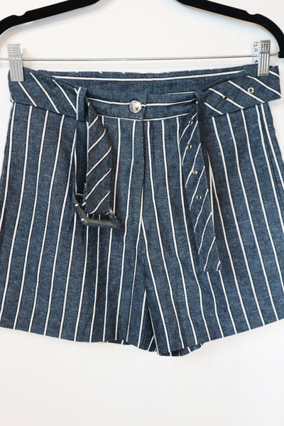 Pomelo grey with stripes with belt shorts