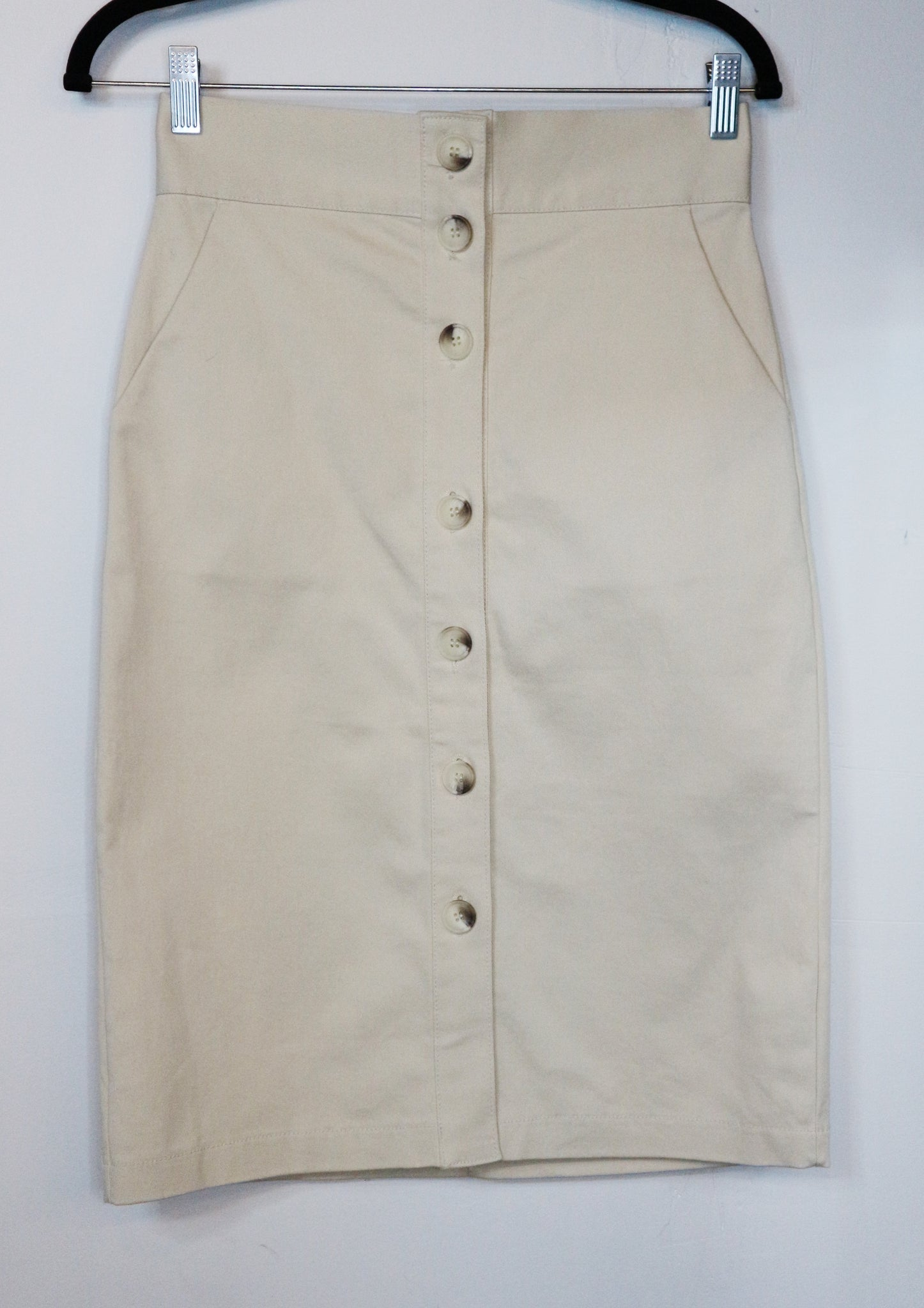 Mainstay light brown buttoned skirt
