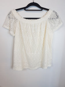 H&M white crochet off shoulder blouse