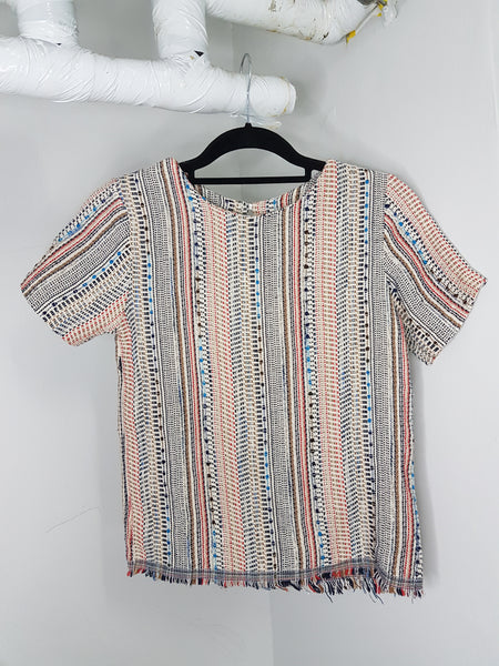 Multi-colored thread top