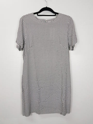 H&M white with black design dress