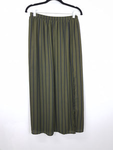 Forever 21 dark green with black lining  long skirt