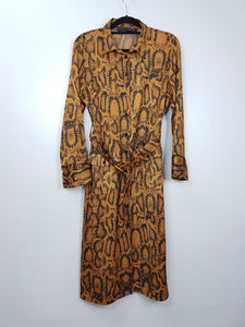 Zara brown 3/4 with front pocket and belt long dress