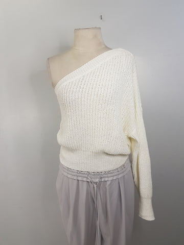 Zara Knit  off-white chunky knit one shoulder sweater