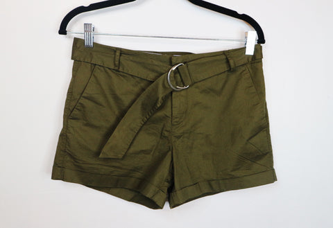 Mango green with belt shorts
