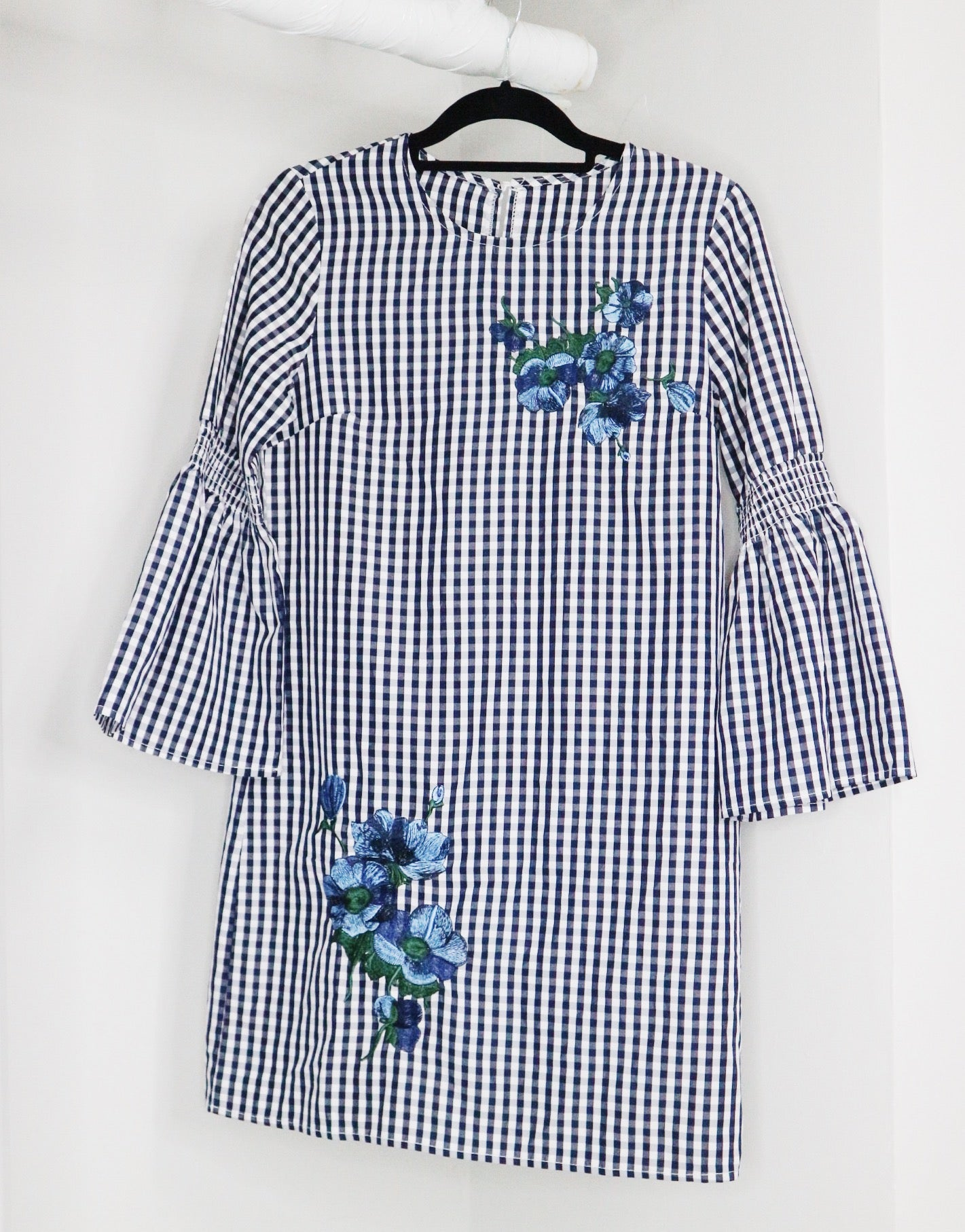 NA white and blue with flower design stripes garterized bell dress