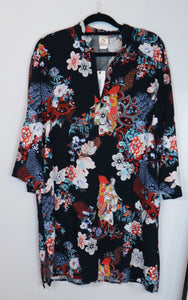 Natori black floral design long sleeve dress