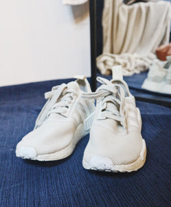 Adidas cream boost runnng shoes