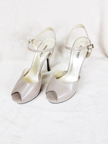 Nine West gray platform sandals