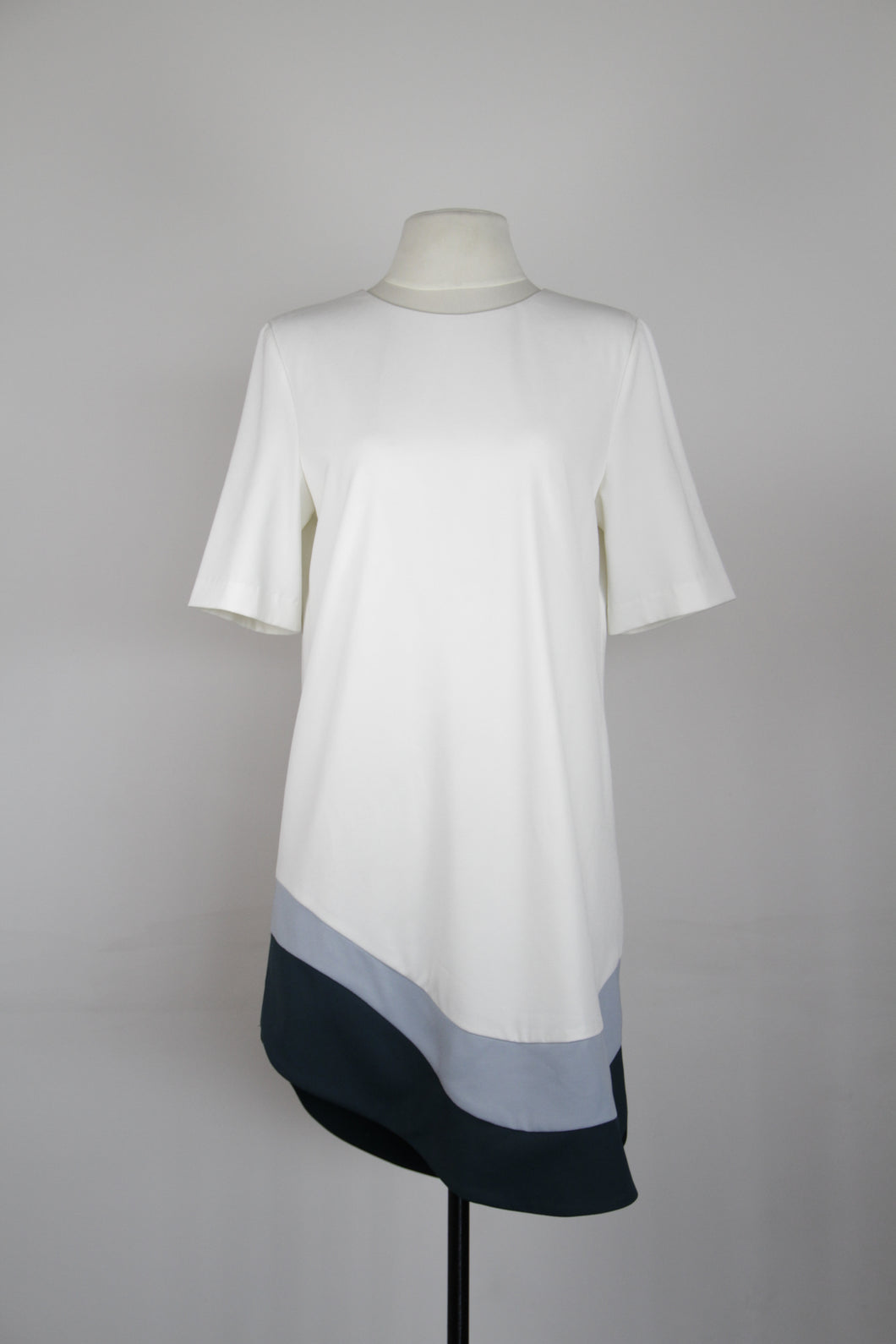 Collate White Shift Dress with Blue Bottom Linings