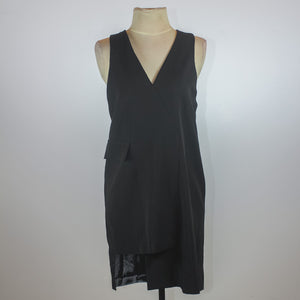 Asto Black V-Neck Shift Dress with Front Pocket