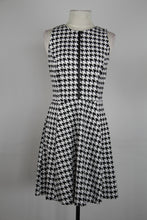 Michael Kors White And Black Hounds Tooth Front Zipper A Line Tank Dress