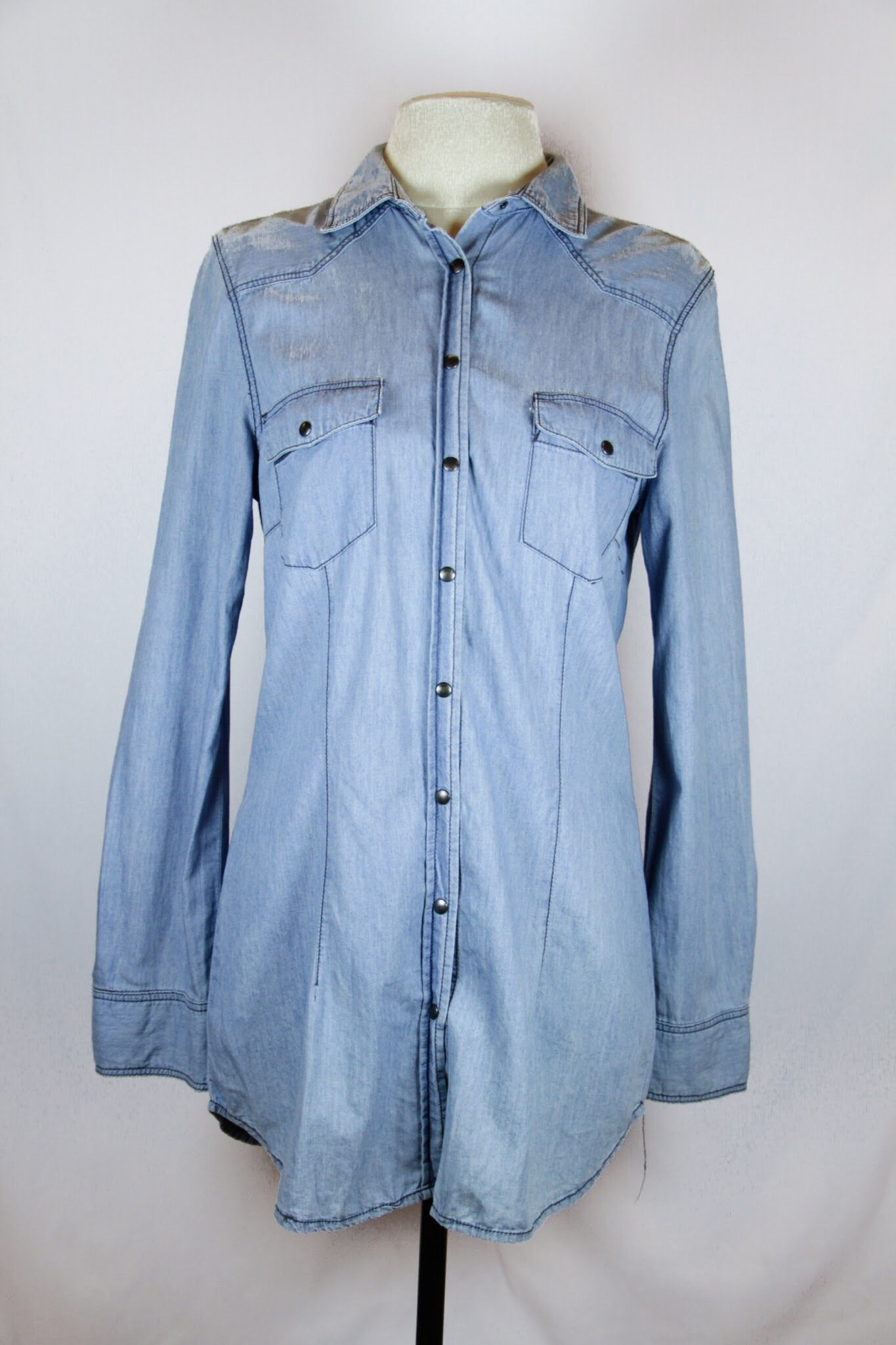 Zara Blue Long Sleeved Denim Blouse