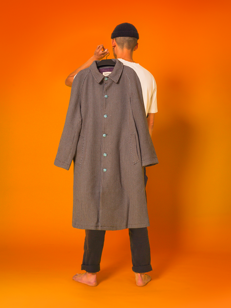 011 - The Trench (Marble Grey)