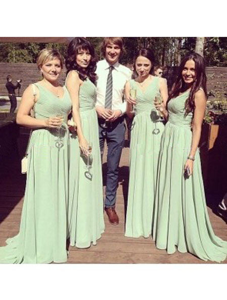 green bridesmaid dress,long bridesmaid dress,chiffon bridesmaid dress,v-neck bridesmaid dress,BD2011