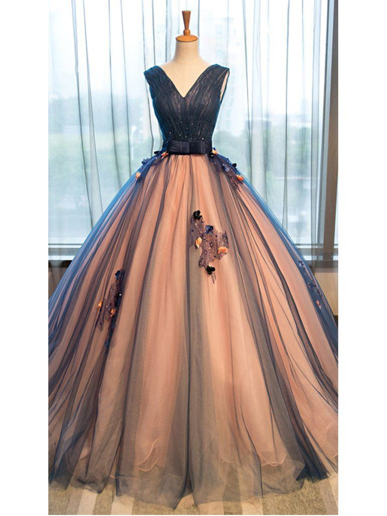 Chic Ball Gown Prom Dresses Appliques V-neck Lace-up Floor-length Prom Dress/Evening Dress