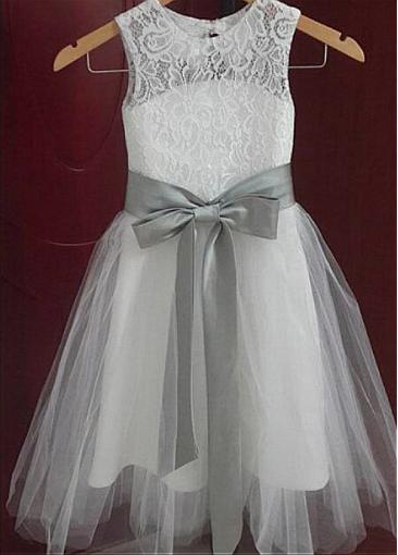 White Cute Lace Flower Girl Dresses, Cheap Little Girl Dress With Bow, FD013