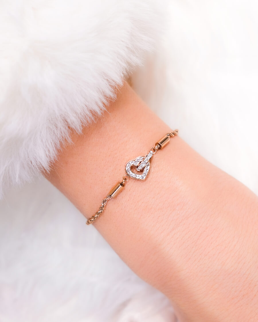 Crystal Heart Bracelet (Rose Gold)