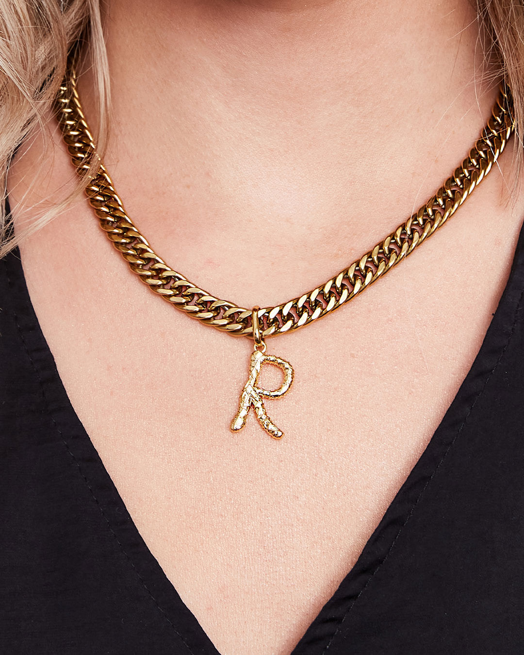 Foil Letter Curb Chain Necklace (Gold)