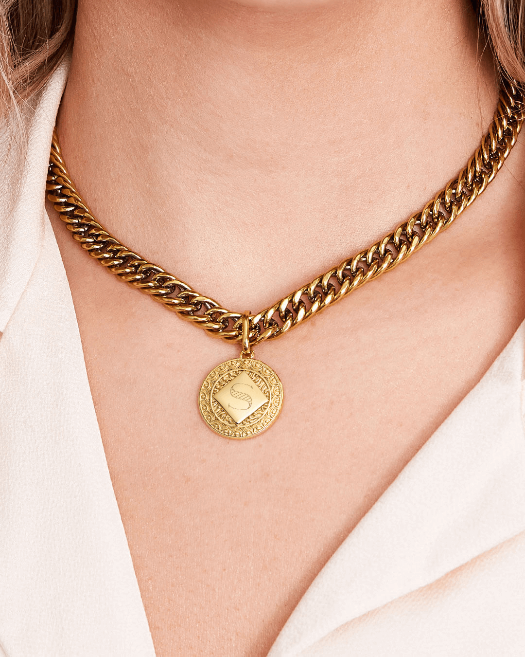 Maya Coin Curb Chain Necklace (Gold)