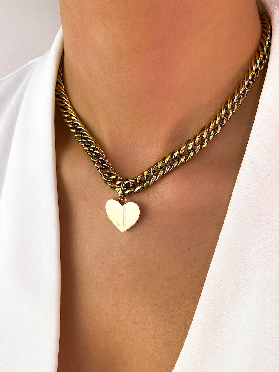 Heart Curb Chain Necklace 16 in (Gold)