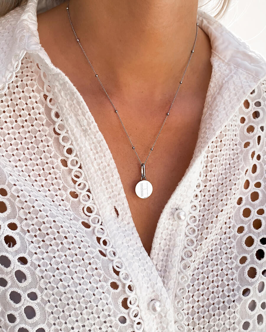 Circular Sphere Chain Necklace 20 in (Silver)