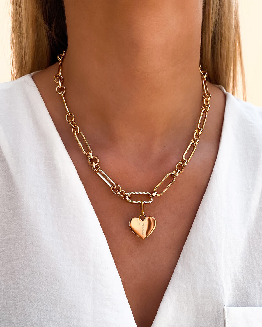 Heart Figaro Chain Necklace (Gold)
