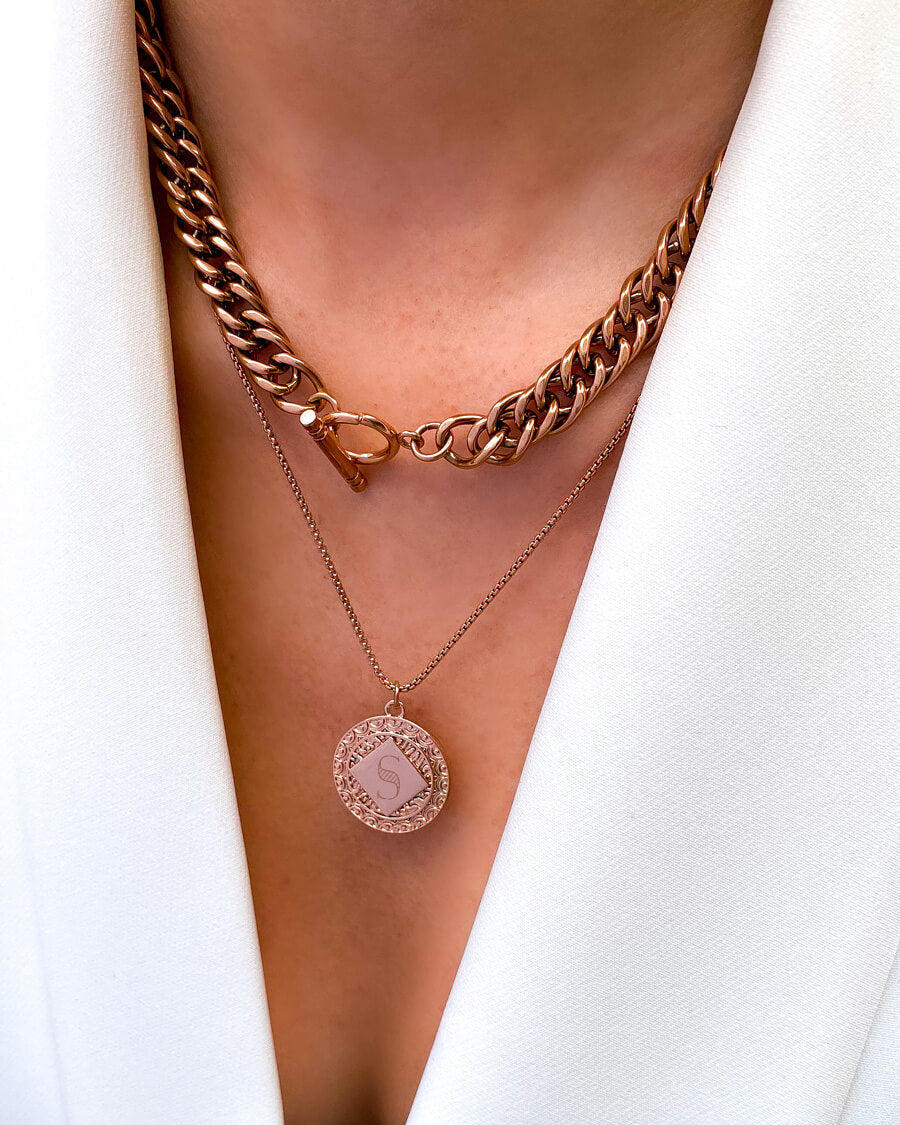 Maya Pendant Curb Chain Layered Set (Rose Gold)