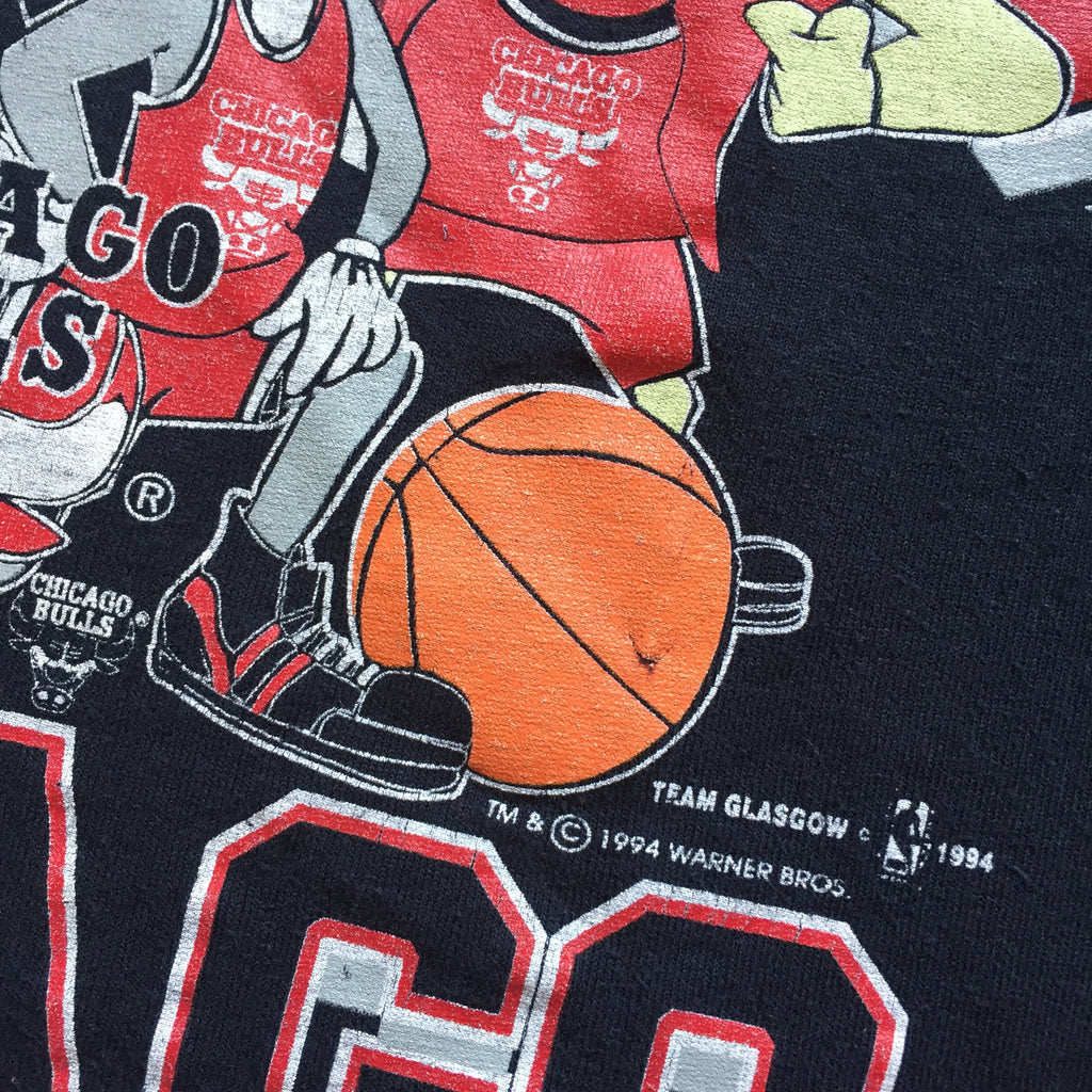 b5c4d78e ... Kids Looney Tunes Chicago Bulls T-Shirt. Percy's Vintage and  Collectibles