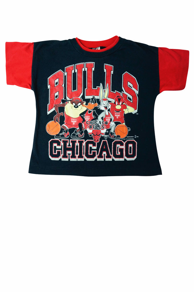 a3259eb9 Kids Looney Tunes Chicago Bulls T-Shirt – Percy's Vintage and Collectibles
